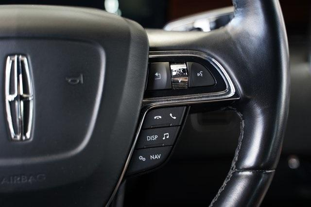 Used 2018 Lincoln Navigator Select for sale $49,991 at Gravity Autos Roswell in Roswell GA 30076 19