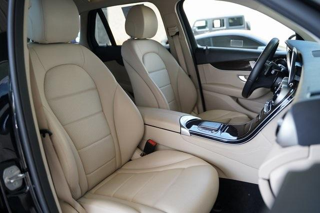 Used 2020 Mercedes-Benz GLC GLC 300 for sale $38,492 at Gravity Autos Roswell in Roswell GA 30076 28