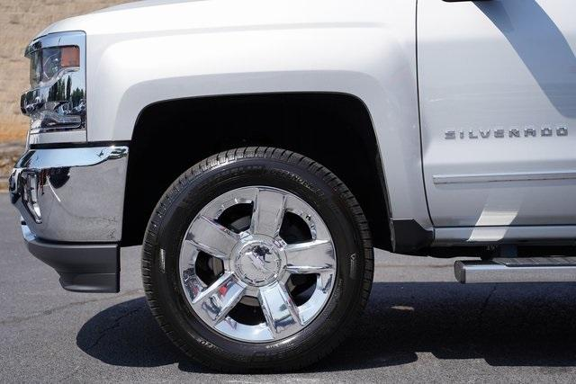 Used 2018 Chevrolet Silverado 1500 LTZ for sale $40,992 at Gravity Autos Roswell in Roswell GA 30076 10