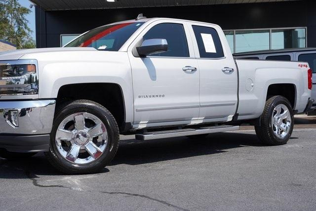 Used 2018 Chevrolet Silverado 1500 LTZ for sale $40,992 at Gravity Autos Roswell in Roswell GA 30076 3