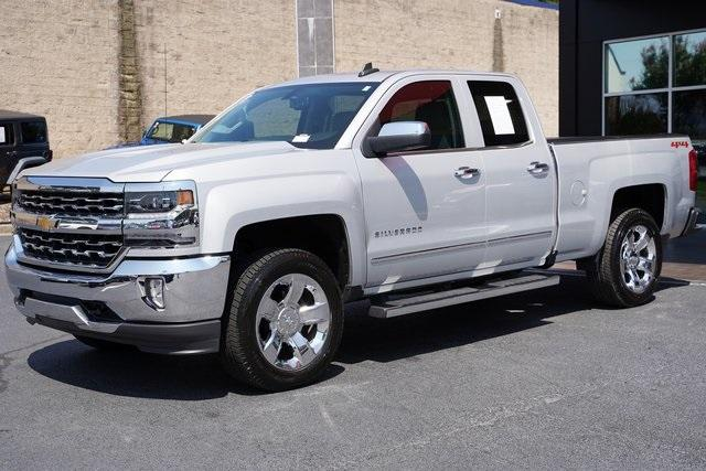 Used 2018 Chevrolet Silverado 1500 LTZ for sale $40,992 at Gravity Autos Roswell in Roswell GA 30076 5