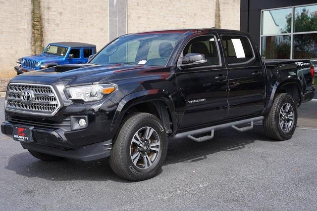 Used 2016 Toyota Tacoma TRD Sport for sale $30,992 at Gravity Autos Roswell in Roswell GA 30076 5