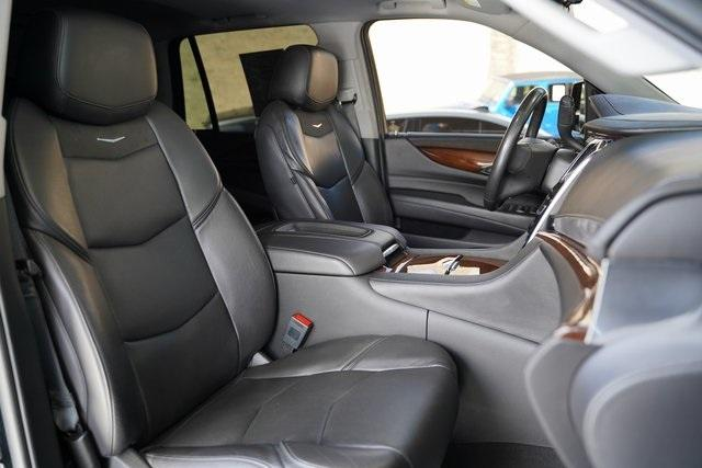 Used 2019 Cadillac Escalade Luxury for sale $60,992 at Gravity Autos Roswell in Roswell GA 30076 32