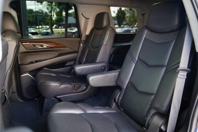 Used 2019 Cadillac Escalade Luxury for sale $60,992 at Gravity Autos Roswell in Roswell GA 30076 33