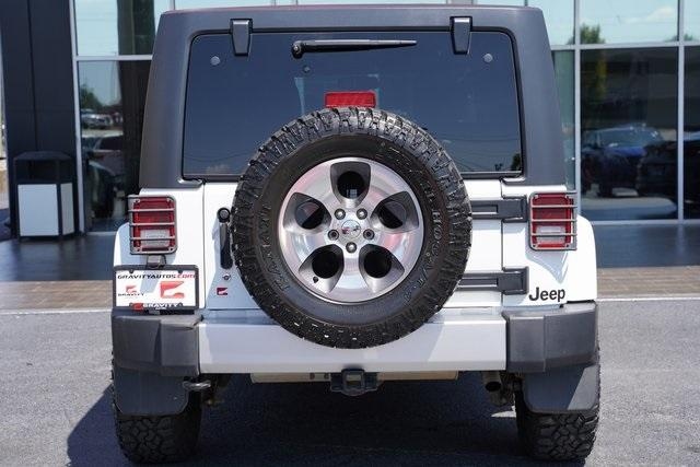 Used 2018 Jeep Wrangler JK Unlimited Sahara for sale $43,991 at Gravity Autos Roswell in Roswell GA 30076 13