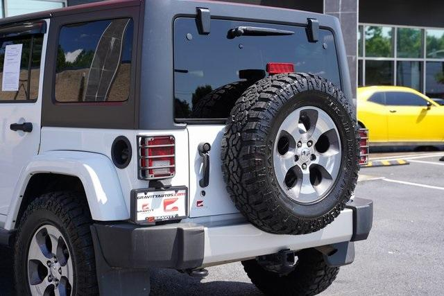 Used 2018 Jeep Wrangler JK Unlimited Sahara for sale $43,991 at Gravity Autos Roswell in Roswell GA 30076 15