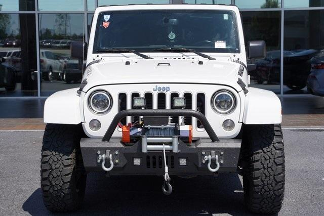 Used 2018 Jeep Wrangler JK Unlimited Sahara for sale $43,991 at Gravity Autos Roswell in Roswell GA 30076 6