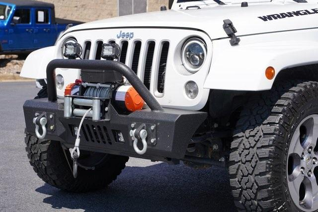 Used 2018 Jeep Wrangler JK Unlimited Sahara for sale $43,991 at Gravity Autos Roswell in Roswell GA 30076 9