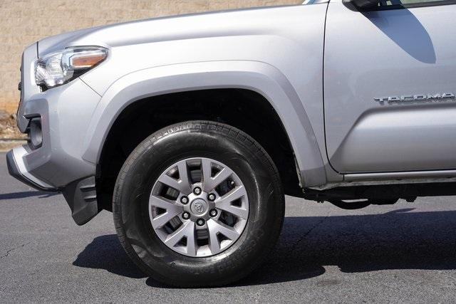 Used 2017 Toyota Tacoma SR5 for sale $30,791 at Gravity Autos Roswell in Roswell GA 30076 10