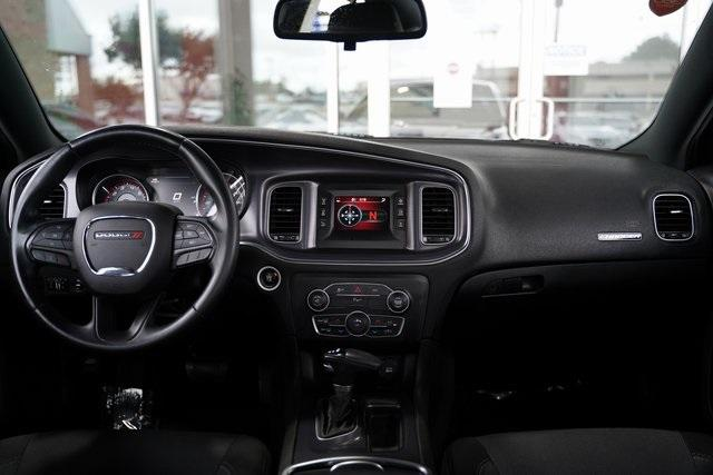 Used 2016 Dodge Charger SE for sale $19,991 at Gravity Autos Roswell in Roswell GA 30076 14