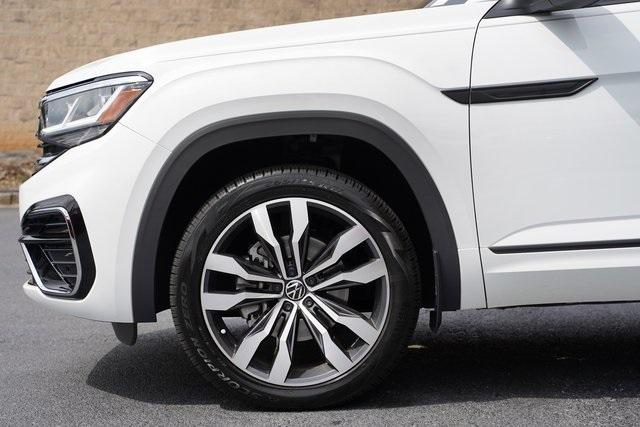Used 2020 Volkswagen Atlas Cross Sport 3.6L V6 SEL R-Line for sale Sold at Gravity Autos Roswell in Roswell GA 30076 10