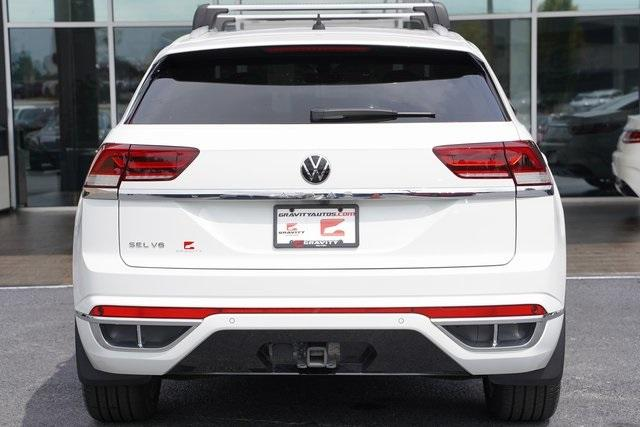 Used 2020 Volkswagen Atlas Cross Sport 3.6L V6 SEL R-Line for sale Sold at Gravity Autos Roswell in Roswell GA 30076 12