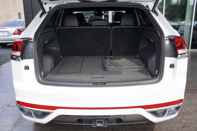 Used 2020 Volkswagen Atlas Cross Sport 3.6L V6 SEL R-Line for sale Sold at Gravity Autos Roswell in Roswell GA 30076 34