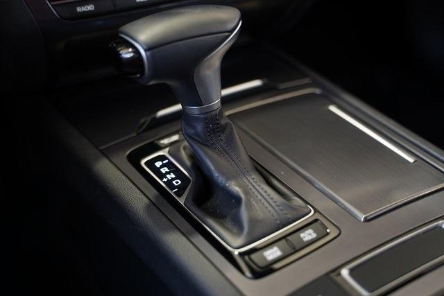 Used 2019 Genesis G80 3.8 for sale Sold at Gravity Autos Roswell in Roswell GA 30076 25