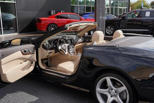 Used 2016 Mercedes-Benz SL-Class SL 400 Roadster for sale $54,991 at Gravity Autos Roswell in Roswell GA 30076 19
