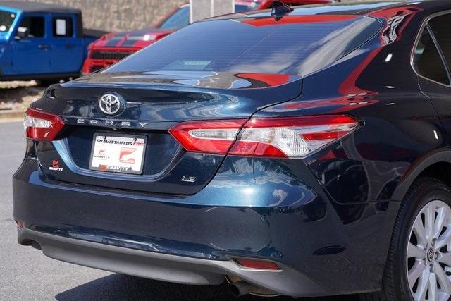 Used 2020 Toyota Camry LE for sale Sold at Gravity Autos Roswell in Roswell GA 30076 14