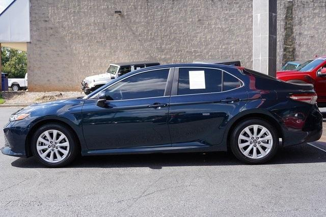 Used 2020 Toyota Camry LE for sale Sold at Gravity Autos Roswell in Roswell GA 30076 4