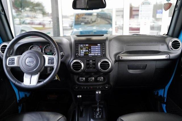 Used 2017 Jeep Wrangler Unlimited Sahara for sale $39,992 at Gravity Autos Roswell in Roswell GA 30076 16