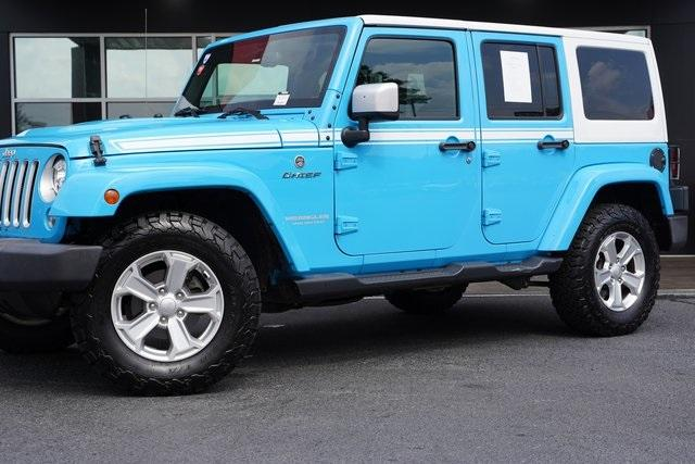 Used 2017 Jeep Wrangler Unlimited Sahara for sale $39,992 at Gravity Autos Roswell in Roswell GA 30076 3
