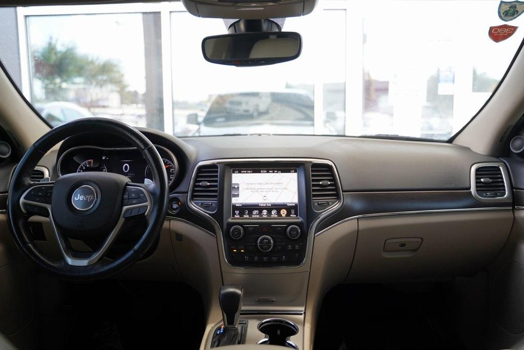 Used 2017 Jeep Grand Cherokee Limited for sale $24,992 at Gravity Autos Roswell in Roswell GA 30076 13