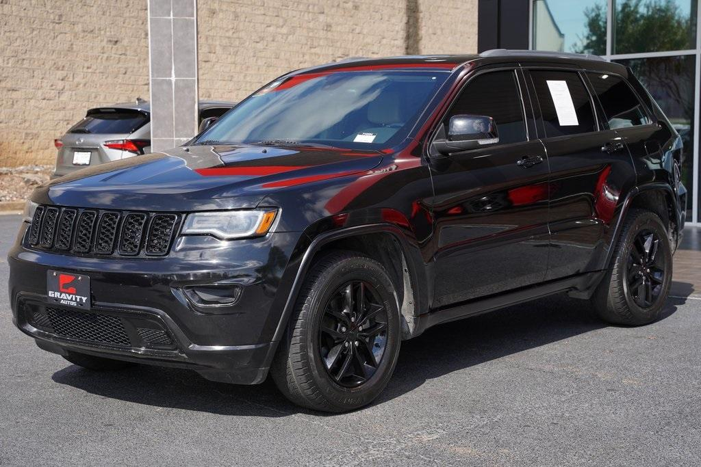 Used 2017 Jeep Grand Cherokee Limited for sale $24,992 at Gravity Autos Roswell in Roswell GA 30076 4