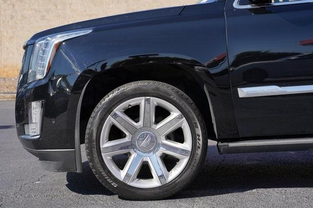 Used 2017 Cadillac Escalade ESV Premium for sale $58,992 at Gravity Autos Roswell in Roswell GA 30076 10