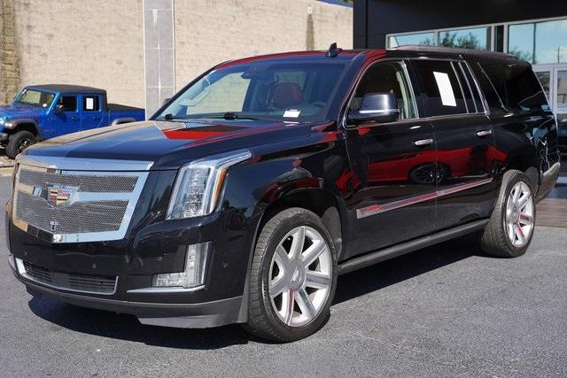 Used 2017 Cadillac Escalade ESV Premium for sale $58,992 at Gravity Autos Roswell in Roswell GA 30076 5