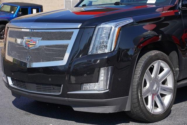 Used 2017 Cadillac Escalade ESV Premium for sale $58,992 at Gravity Autos Roswell in Roswell GA 30076 9