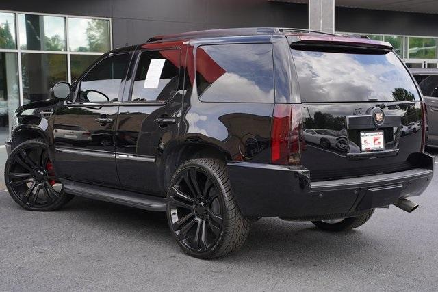 Used 2013 Cadillac Escalade Luxury for sale $26,992 at Gravity Autos Roswell in Roswell GA 30076 10