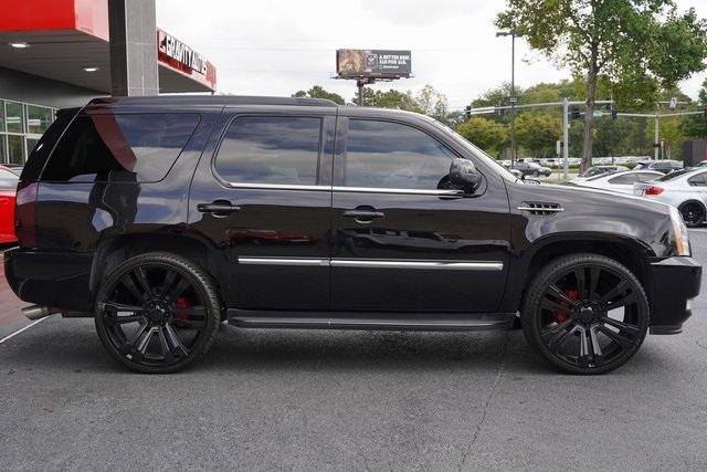 Used 2013 Cadillac Escalade Luxury for sale $26,992 at Gravity Autos Roswell in Roswell GA 30076 8