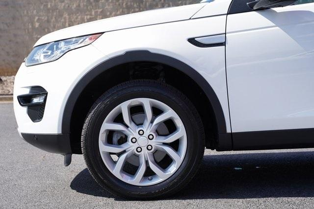 Used 2016 Land Rover Discovery Sport HSE for sale $27,996 at Gravity Autos Roswell in Roswell GA 30076 10